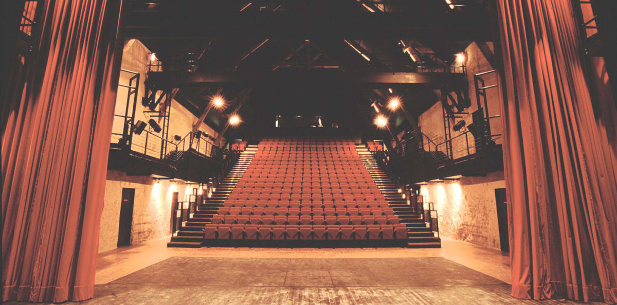 theatre ferme de bel ebat